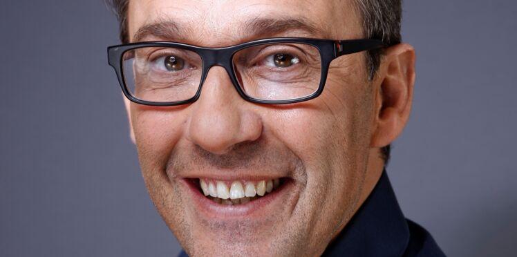 """Julien Courbet, marié à Catherine depuis vingt ans : il évoque son """"pétage de plomb"""""""