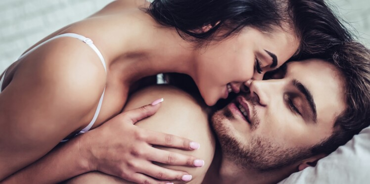 Sodomie, sextoys… Quelles sont les pratiques sexuelles préférées des Françaises ?