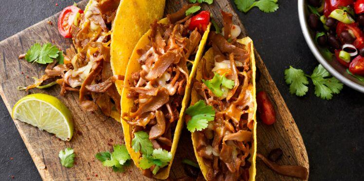 Tacos végétarien, cheddar et mozzarella