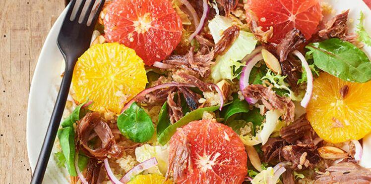 Salade de confit de canard aux cœurs d'orange et de pamplemousse
