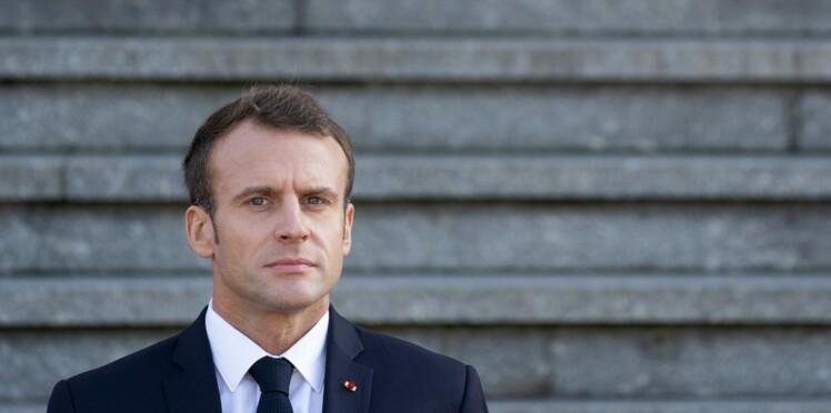 Salon de l'Agriculture : bouleversé, un retraité fond en larmes dans les bras d'Emmanuel Macron