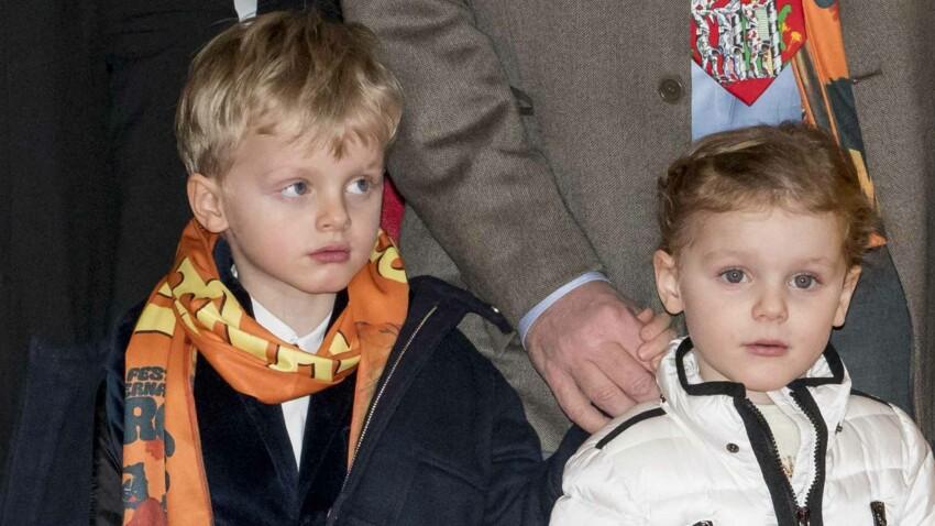 Jacques et Gabriella, les jumeaux de Charlène de Monaco, ultra-lookés en mini rocks stars (et ils sont trop mignons !)