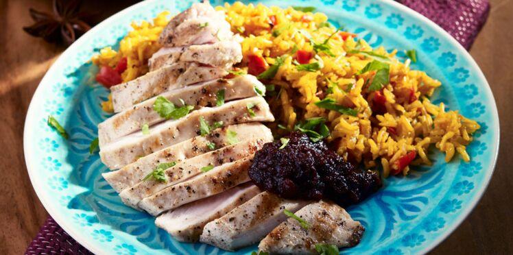 Escalopes de poulet, riz au curry et dip de patate douce