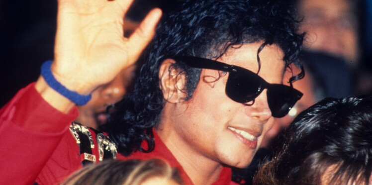 Michael Jackson : selon son médecin, le chanteur aurait subi un viol à l'adolescence