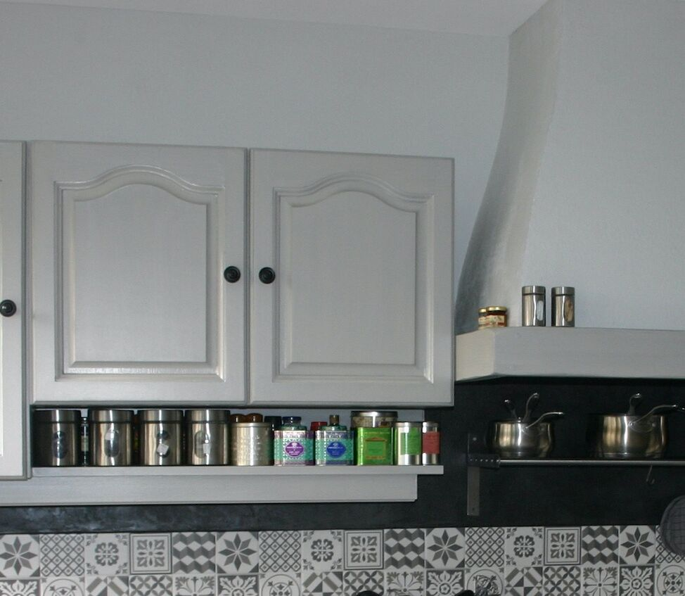 Home staging cuisine : relooker la façade, le plan de travail et