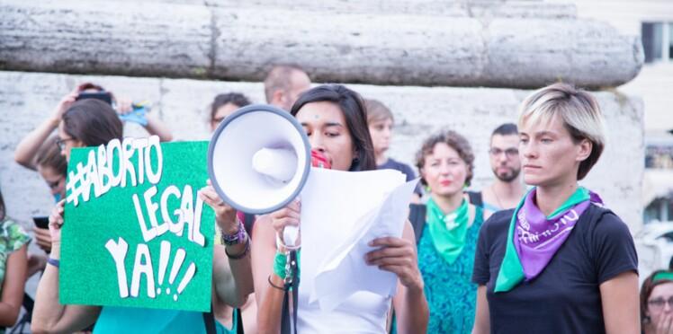 Le débat sur l'IVG relancé en Argentine après l'accouchement par césarienne d'une fillette de 11 ans, violée par l'ami de sa grand-mère
