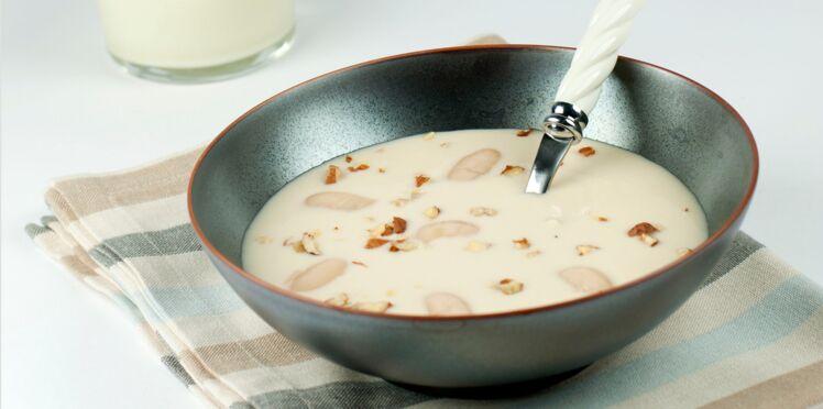 Crème de haricots tarbais à l'huile de noisette et sa mousse de parmesan