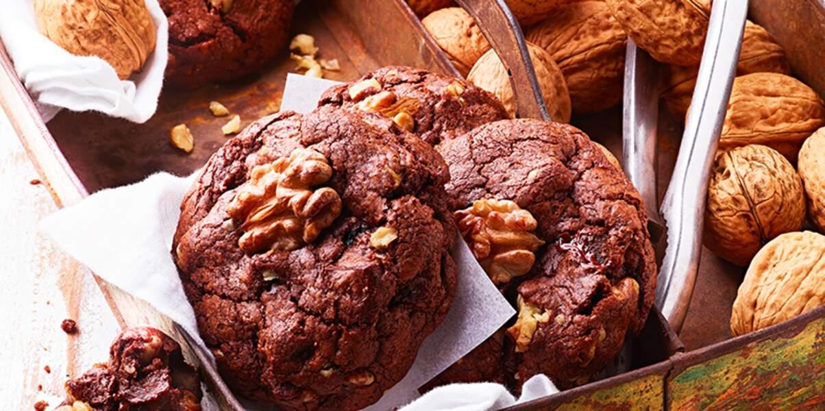 Cookies moelleux au chocolat et noix de Grenoble