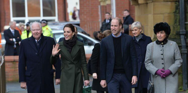 Kate Middleton et le prince William très amoureux : ils s'autorisent un rare geste affectueux en public