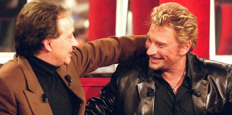 Les Enfoirés : le jour où, dans une chambre, Johnny Hallyday et Michel Sardou ont surpris un hôtelier