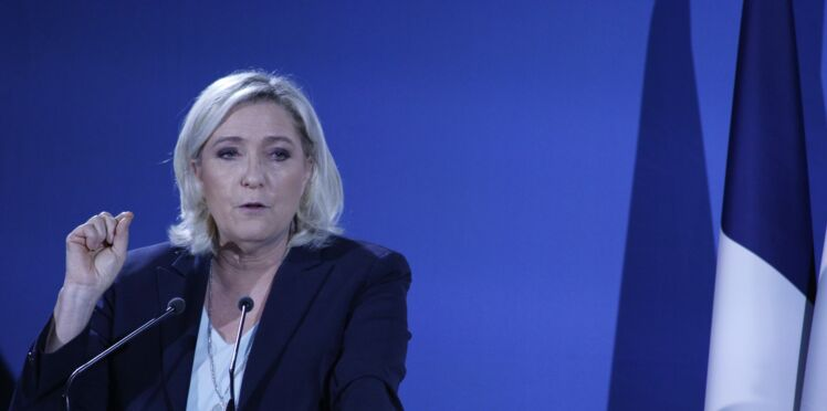 """Marine Le Pen moquée après avoir affirmé que le SMIC est à """"36 euros"""" de l'heure"""