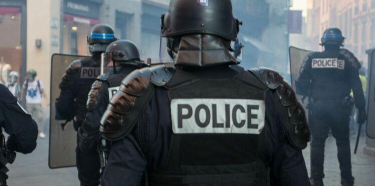 Violences à Paris : l'IGPN saisie après la récupération d'une vidéo d'un policier prenant des maillots du PSG