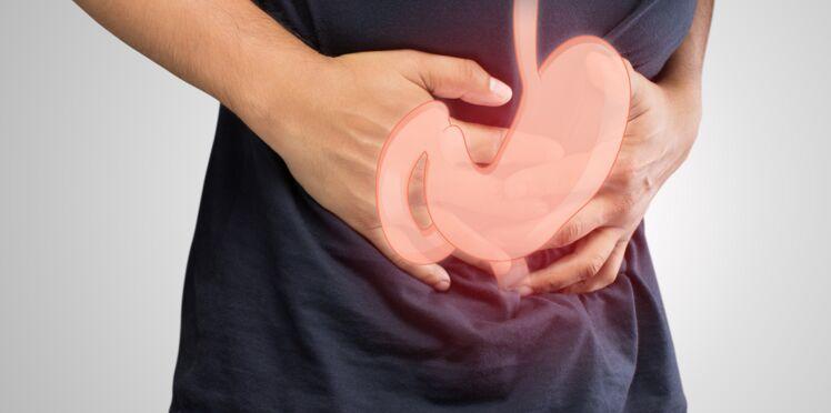 Ulcère de l'estomac (ou gastroduodénal) : causes, symptômes et traitements