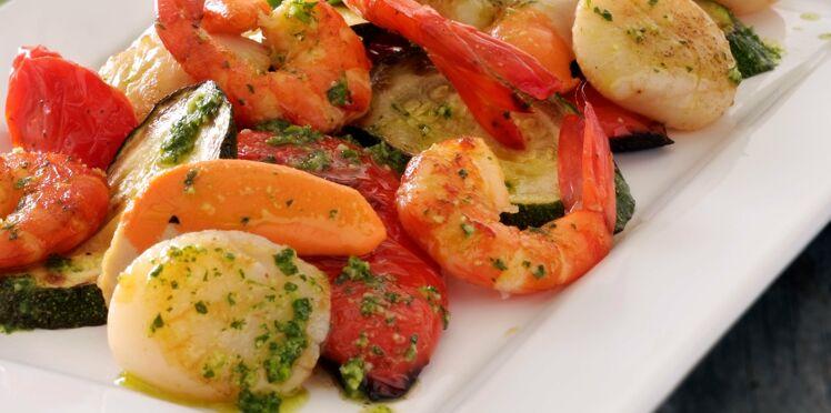 Fruits de mer au basilic et légumes rôtis