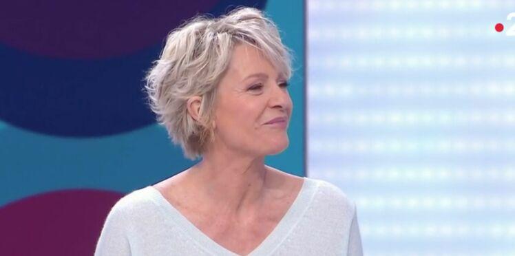 """Sophie Davant : elle décrit """"la scène la plus sexy du cinéma français"""" et surprend ses invités"""