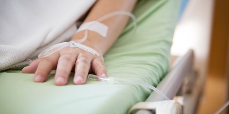 Septicémie : quels sont les symptômes de cette infection bactérienne ?