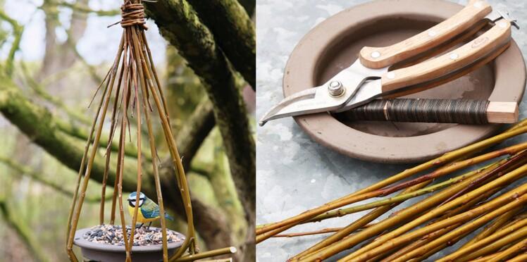 Décor de jardin : une mangeoire à oiseaux à faire soi-même