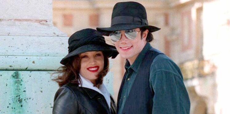"""Michael Jackson : ses pratiques sexuelles """"un peu étranges"""" avec son ex-femme Lisa-Marie Presley"""
