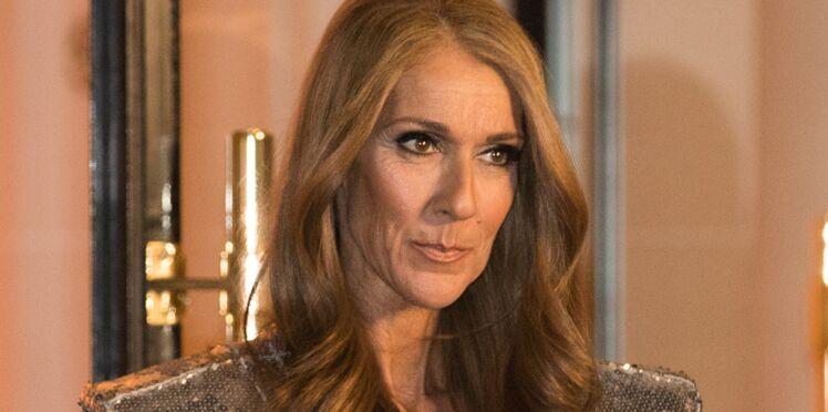 Céline Dion : elle porte ses sandales comme personne ! On n'y aurait pas pensé, mais c'est plutôt chouette !