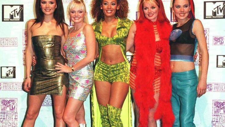"""Spice Girls : """"elle avait de superbes seins""""... deux membres du groupe révèlent avoir eu une liaison"""