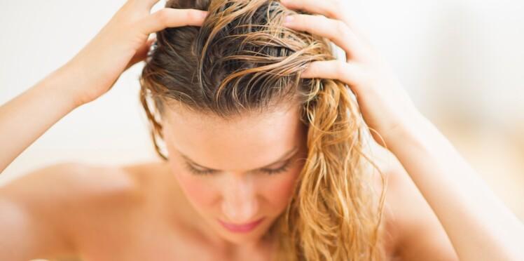 Les exfoliants pour cuir chevelu : pourquoi il faut s'y mettre
