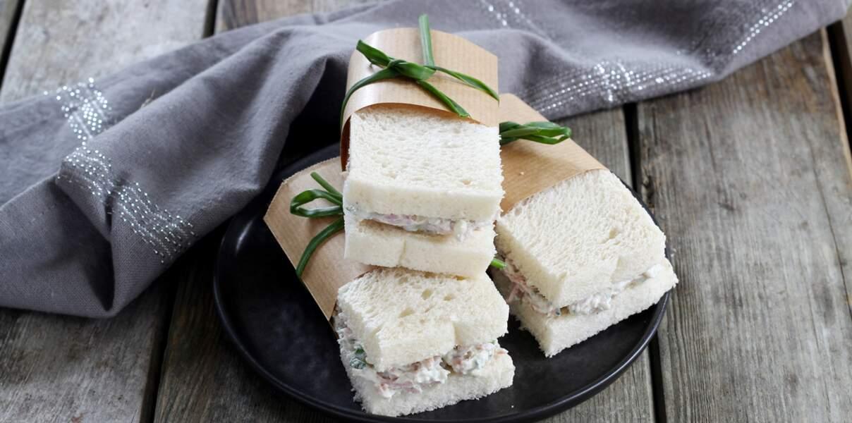 Mini club-sandwich à la fourme d'Ambert