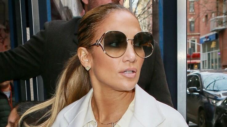 Jennifer Lopez : à presque 50 ans, elle affiche ses courbes de rêve dans un bikini riquiqui (elle crée le buzz !)
