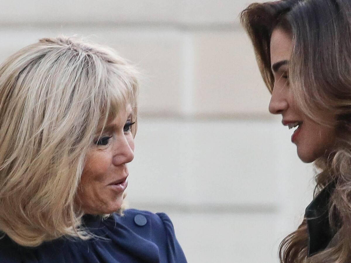 Photos Brigitte Macron En Robe Griffee Et Rania De Jordanie En Total Look Cuir Noir Quand Deux Icones Mode Et Glamour Se Rencontrent A Paris Elles Sont Sublimes