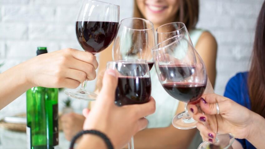 Selon vous, boire une bouteille de vin équivaut à fumer combien de cigarettes par semaine?