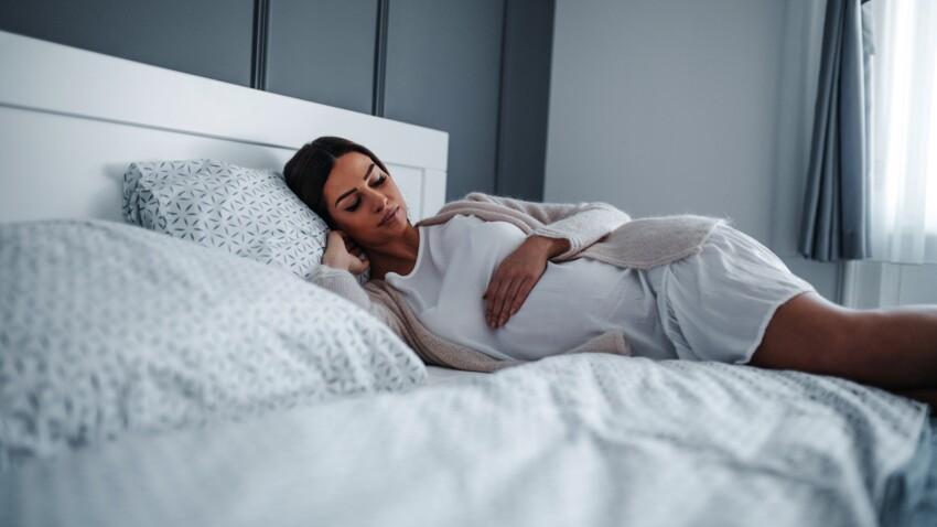 Pourquoi les femmes enceintes ne devraient pas dormir sur le dos ?