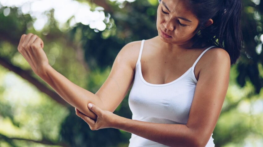 Douleur au coude: 5 conseils du chiropracteur pour aller mieux
