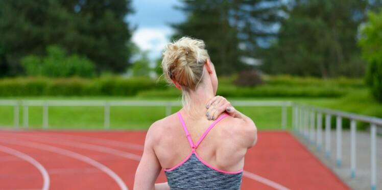 Douleur dans le haut du dos : 5 conseils