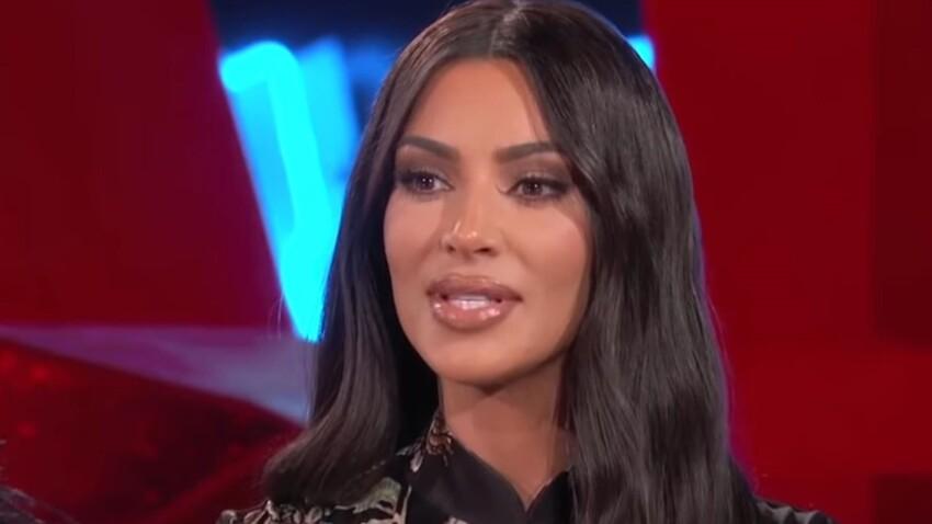Top en filet mouillé transparent : Kim Kardashian s'affiche ultra-sexy en couverture de magazine (wow !)