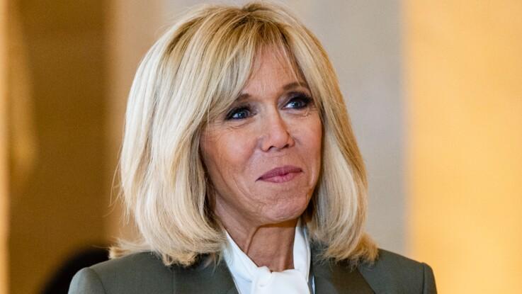 Brigitte Macron très chic pour rendre hommage à Notre-Dame de Paris, elle ressort l'une de ses robes préférées