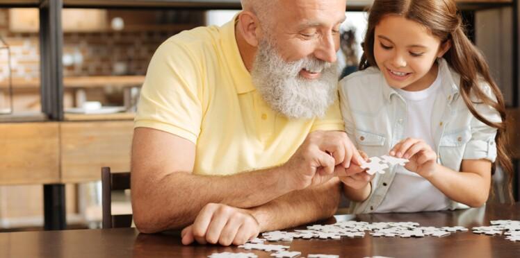 Maladie d'Alzheimer: les symptômes et les premiers signes à ne pas ignorer