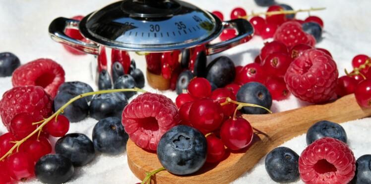 Additifs, pesticides... Comment éviter les substances toxiques dans nos assiettes ?