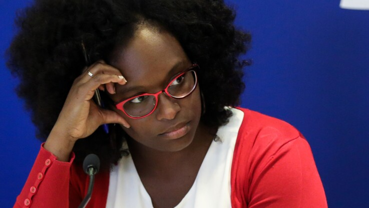 Sibeth Ndiaye : cette remarque à l'Elysée sur ses cheveux qu'elle ne supporte plus
