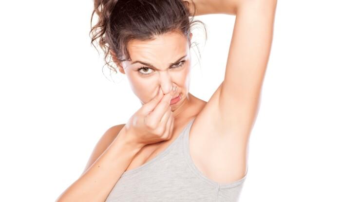 Comment enlever les odeurs de transpiration des affaires de sport