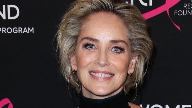 Sharon Stone : à 61 ans, elle pose seins nus pour un spécial sexe !