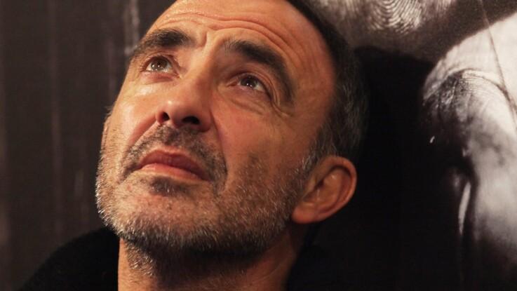 PHOTO - Nikos Aliagas rend un hommage bouleversant à son père décédé il y a deux ans