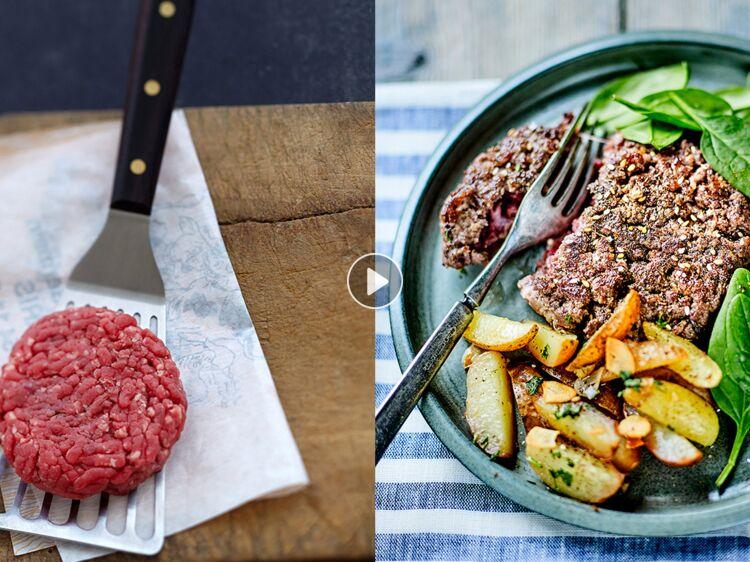 Comment réussir la cuisson d'un steak haché : Femme..