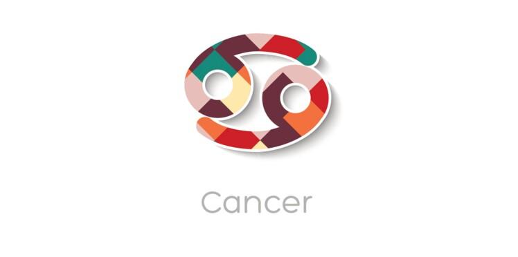 Horoscope gratuit : comment gérer le Cancer au travail, en famille, entre amis