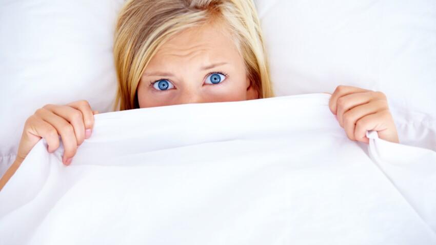 Photo - Après avoir mis de l'autobronzant, elle se réveille avec d'étranges marques sur le visage