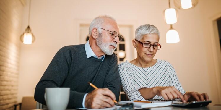 Comment vérifier la somme prélevée sur ma pension avec l'impôt à la source ?