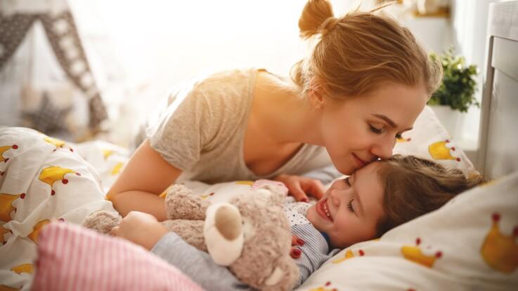 Sommeil de bébé : que vaut la méthode 5-10-15 pour lui apprendre à s'endormir ?