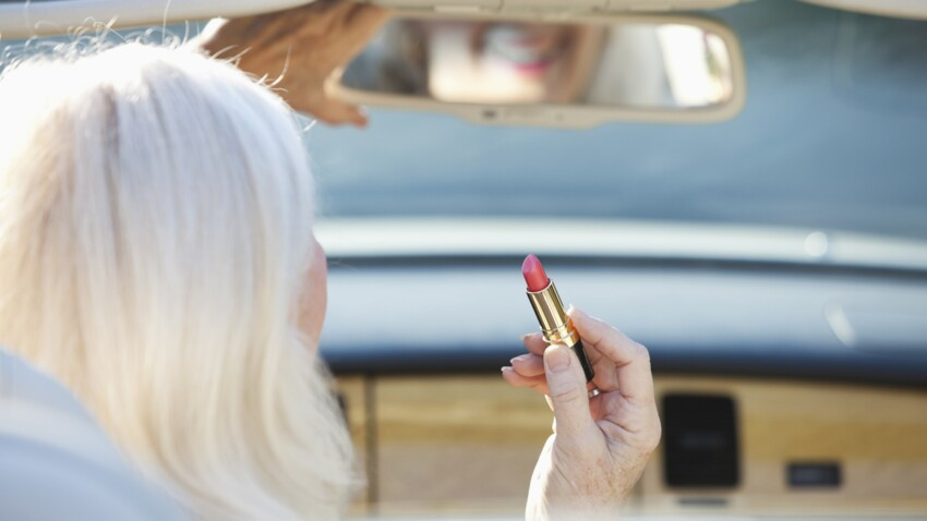 Satiné, mat, cushion… bien choisir son rouge à lèvres après 50 ans