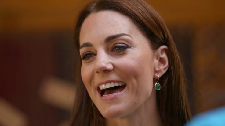 bc565c4a2 Photos - Kate Middleton : en jupe-culotte tendance et baskets ...