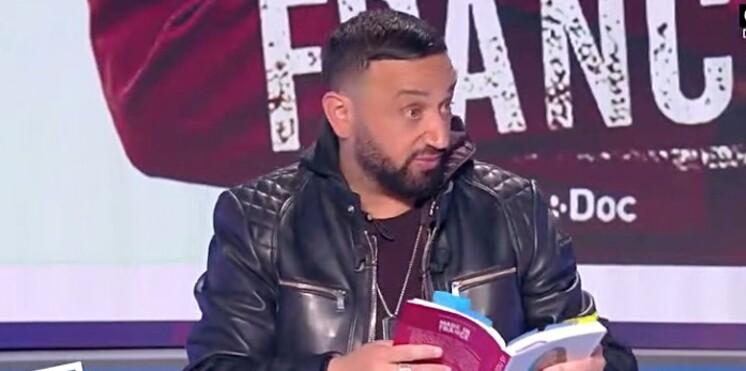 Cyril Hanouna découvre dans le livre d'Hapsatou Sy qu'un célèbre animateur le déteste