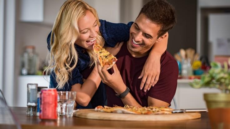 Les couples les plus heureux sont ceux qui mangent le plus, selon une étude