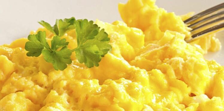 Oeufs brouillés : 10 recettes pour brunch ou dîner léger